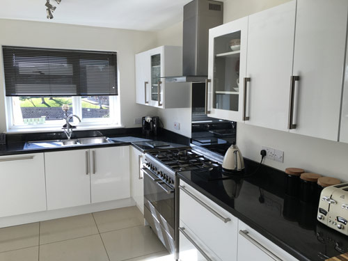 Kitchen by Apex Building Services